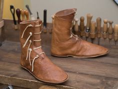 Boots! Moccasin Boots, Shoe Boots, Cow Leather, Leather Shoes, Raul Mendoza, Medieval Boots, Homemade Shoes, Funky Shoes, Shoe Pattern