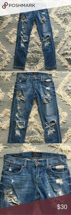 Lucky Brand boyfriend jeans Re-posh! Distressed Lucky Brand Jean's sz 25 Lucky Brand Jeans Boyfriend