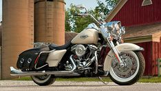 2015 Harley Road King Classic | Harley-Davidson Road King Classic