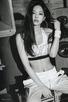 29 pictures of BLACKPINK Jennie's hot Abs you should not miss – Seleb Blackpink Fashion, Korean Fashion, Horse Girl Photography, Fitness Photoshoot, Vogue Korea, Foto Pose, Jennie Blackpink, Beautiful Models, South Korean Girls