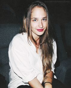 white button-up + rosy lips.
