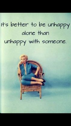 Marilyn understood life to the point where she couldn't survive it. Meaningful Quotes, Inspirational Quotes, Motivational Quotes, Favorite Quotes, Best Quotes, Relationship Quotes, Life Quotes, Marilyn Monroe Quotes, Marylin Monroe