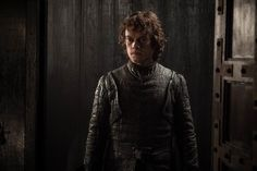 'Game Of Thrones' Season 8 Theory: Theon Turns Bran Into A White Walker To Defeat The Night King Game Of Thrones Theon, Game Of Thrones Facts, Game Of Thrones Quotes, Lily Allen, Jaime Lannister, Cersei Lannister, Daenerys Targaryen, Stranger Things, Most Likely To Die