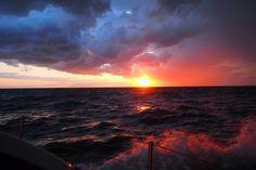 Kapitan Tomasz Cichocki - rejs dookoła świata bez zawijania do portu! Dowiedz się więcej: http://www.facebook.com/OlympusFOTOLOTNI