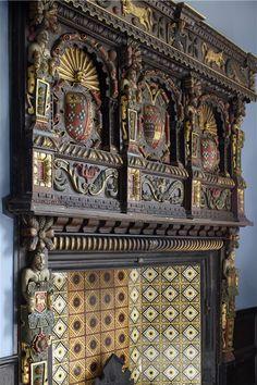 Elizabethan fireplace at Elmore Court, Gloucestershire, England Elmore Court, English Interior, 16th Century, Tudor, Chanel Boy Bag, Interior Architecture, Medieval, Castle, England