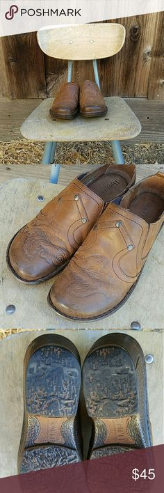 """Born/Iria/7.5M/Whiskey/Full Grain Learher Excellent used condition Born Leather slip-on with filigree design on toe. 2"""" heel. Upper is full grain leather. No Paypal. Make an offer! Born Shoes Mules & Clogs"""