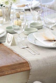 Neutral fall table setting