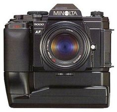 Minolta 9000 with motordrive. Introduced in 1985 as the first professional AF camera. Nikon said: professionals do not want AF, they want to focus manually. In the meantime Canon was working on it's Canon EOS 650.