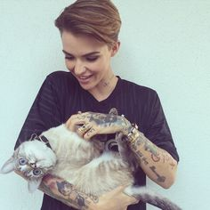 Ruby Rose is so cute with her kitty