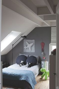Furnished attic: rooms and rooms to save space Furniture, Furnishings, Interior, Kb Homes, Small Bedroom, Home Decor, Trendy Bedroom, Room Interior, Room
