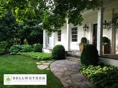 Simple & beautiful entry landscape design - Bellwether Landscape Architects
