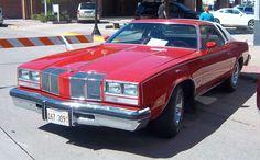 1976 Oldsmobile Cutlass Supreme Brougham