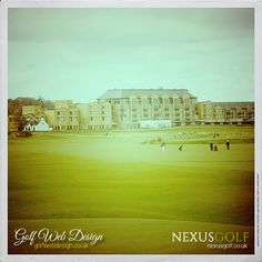 The Old Course Hotel behind the first green at St Andrews Golf Club St Andrews Golf Club, Golf Clubs, Old Things, Building, Green, Travel, Viajes, Buildings, Destinations