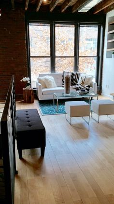 Find the best interior designer vendors in NYC at Property Planners. We have a complete list of best vendors from where you can choose the best according to your needs and requirements.