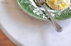 <p>Skład: ciasto: 300 g mąki 3 jajka 1-2 łyżki oliwy farsz: 1 opakowanie świeżego szpinaku (ok. 150g) 300 g ricotty 120 g gorgonzoli 3 ząbki czosnku 1 łyżka posiekanej papryczki chili szczypta gałki muszkatołowej sól i pieprz sosdo podania: 4-5 łyżek masła   2-3 łyżki oliwy   szczypta gałki muszkatołowej   szczypta soli tarty parmezan […]</p>