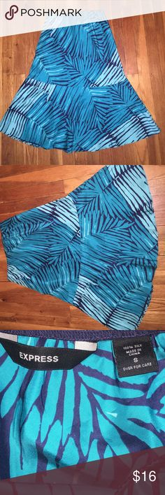 Express Silk Skirt Beautiful tropical skirt by Express. Size small, in good condition Express Skirts