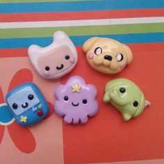 Adventure Time Cabochons by MyFlyingBison Cute Polymer Clay, Cute Clay, Fimo Clay, Polymer Clay Projects, Polymer Clay Charms, Polymer Clay Creations, Polymer Clay Earrings, Clay Crafts, Crea Fimo