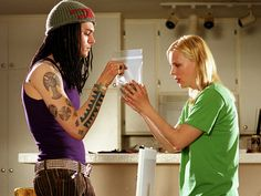 Dude, there's no one better at playing stoned than Anna Faris. Her immensely likable wastoid character, who's daft without being dumb, eats a batch of…