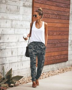 Buy Women Fashion Loose Casual Printed Harem Trousers Long Pants Autumn Pants Plus Size at Wish - Shopping Made Fun Mode Outfits, Fashion Outfits, Womens Fashion, Fashion Tips, Fashion Pants, Fashion Maman, Casual Wear, Casual Outfits, Casual Pants