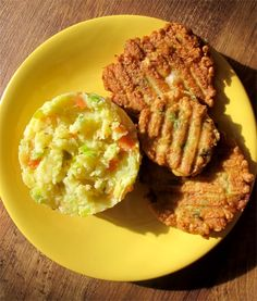 Fantastické nadýchané placičky s kuřecím masem - DIETA.CZ Ham, Mashed Potatoes, Food And Drink, Rice, Cooking, Ethnic Recipes, Diet, Whipped Potatoes, Kitchen