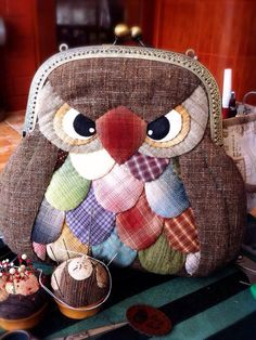 Coin Purse Pattern, Purse Patterns, Quilt Patterns, Owl Patterns, Patchwork Bags, Quilted Bag, Quilting Projects, Sewing Projects, Sacs Tote Bags