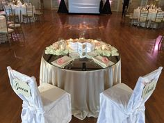 Planner: Angela Proffitt Venue: Richland Country Club, Nashville Photographer: Divine Images