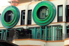 Round Windows - Bukit Timah - Singapore