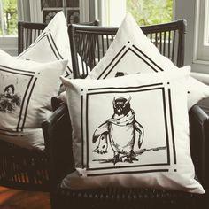 BIG NOBBY / Scarf Penguin / Linen Cushion