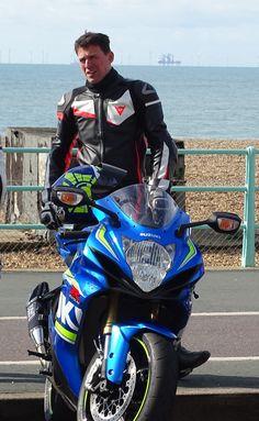 Motorcycle Suit, Biker Gear, Super Bikes, Biker Style, Top Photo, Leather Fashion, Bikers, Suits, Vehicles
