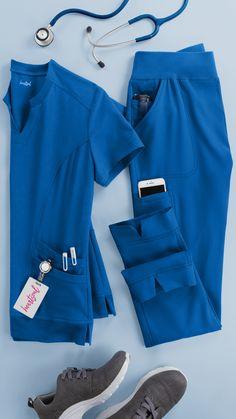 Scrubs Outfit, Scrubs Uniform, Cute Nursing Scrubs, Scrubs Pattern, Stylish Scrubs, White Lab Coat, Medical Uniforms, Kurti Neck Designs, Womens Scrubs