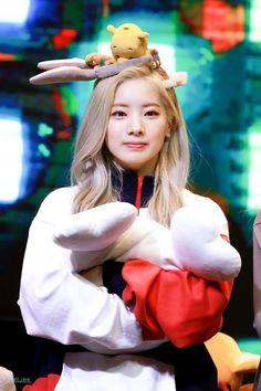 Kpop Girl Groups, Korean Girl Groups, Kpop Girls, Boy Groups, Twice Jungyeon, Twice Kpop, Nayeon, Sana Momo, Twice Fanart