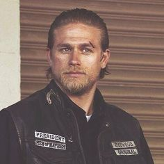 Jax Teller - Sons of Anarchy ❤ Sons Of Anarchy Characters, Sons Of Anarchy Motorcycles, Sons Of Anarchy Samcro, Charlie Hunnam Soa, Jax Teller, Big Sean, Cute Celebrities, Hugh Jackman, Man Alive