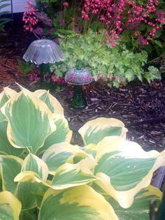 Patriotic Garden Art Yard Decor Reclaimed Glass Flower By Jarmfarm STARR  U2026u2026u2026u2026u2026u2026u2026u2026u2026u2026u2026u2026u2026u2026u2026u2026u2026u2026 By Jarmfarm (etsy.com #125999848) | Crafty | Pinterest |  Garden ...