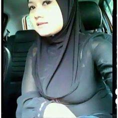 Tante Berhijab Tubuh Seksi | Hijab Seksi