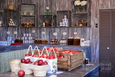 Vergers Rockburn Orchards, barnwood kiosk #vintage #rustic #barnwood #kiosk