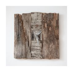 Model no 12. Aged wood is a beautiful way to add character to your home or garden. Developped naturally. Pine wood. Size: 40 cm x 40 cm.