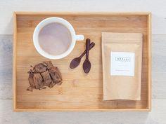 MERAKI AND CO - Chocolate Packaging Design Raw Chocolate, Sugar Free Chocolate, Chocolate Lovers, Food Packaging Design, Packaging Design Inspiration, Label Design, Package Design, Chocolate Packaging, Raw Cacao