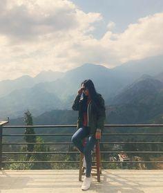 Sunny day, the sky is very beautiful. Great time and unforgettable. ☺😗😘👧⛅🍀 Mở hình ra xem lại thấy nhớ, cảnh ở Sapa quá đẹp 😍💕.Cơ mà dạo này chụp hình diễn bao sâu :))) #love #mylife #mylove #friendships #friends #travel #traveling #trip #go #together #beautiful #moutain #sunnyday #warm #cold #awesome #miss #happy #explore #discover #sapa #vietnam #view #instago #instagoods #instatraveler #vsco #vscocam