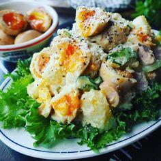 超絶悶絶たまらんとまらん♪染み旨味卵ポテトサラダ♪ Asian Recipes, Ethnic Recipes, Happy Foods, Vegetable Salad, Soup And Salad, Potato Recipes, Food Hacks, Food And Drink, Healthy Eating