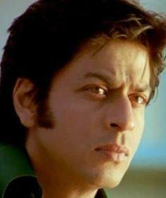 Shah Rukh Khan and Deepika Padukone - Om Shanti Om - ॐ शांति ॐ - (2007)
