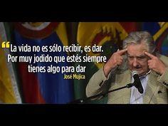 ▶ EMOTIVO DISCURSO DE JOSE PEPE MUJICA CONDECORADO EN UNASUR ECUADOR.(COMPLETO) - YouTube