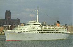 SS Southern Cross Shaw, Savill and Abion Line. Thence sailed as Calypso, Calypso Azure Seas, Ocean Breeze. Scrapped Chittagong, Bangladesh 48 years old. Ship Paintings, Merchant Navy, New Brighton, Navy Ships, Battleship, Sailing, Southern, History Online, Boats