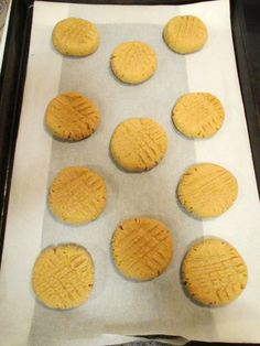 Low Sodium Peanut Butter Cookies per cookie) butter sodium salt Low Sodium Desserts, Low Sodium Snacks, No Sodium Foods, Low Salt Desserts, Low Salt Snacks, Low Sodium Diet, Sodium Free Recipes, Salt Free Recipes, Kidney Recipes