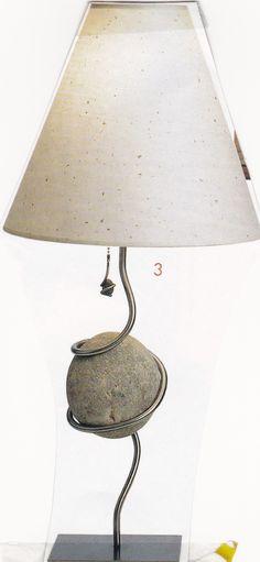 Lamp + rock