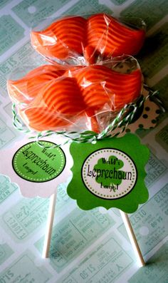 {Gift Idea} Leprechaun Mustache Lollies!! Just in time for St. Pattys Day!! Free Printable Tag!