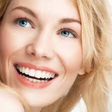 عمليات تجميل الاسنان مهمة جدا لكثير من الناس الذين يهتمون بصحة و بياض اسنانهم و ابتسامتهم فهي تعالج الكثيرر من المشاكل مثل اصفرار الاسنان و تباعد الا Dentistry