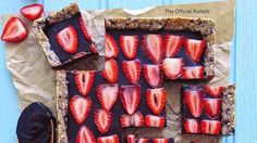 Raw vegan Chocolate Strawberry Slice