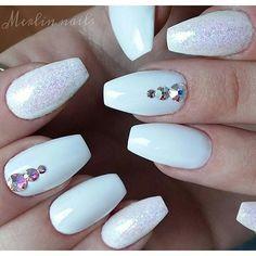 Instagram media merlin_nails - I'm White    #crystalnails #gel #gelnails #nail #nails #nailstagram #nailsofinstagram  #notpolish #manicure #artnails #fashionnails #nailart #nailswag #instanails #nailporn #nokti #fashion  #stylish #weddingnails #white #coffinnails #sellőpor #swarovskicrystals #swarovskinails