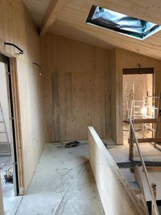 Working with wood. Small house renovation in Bucharest