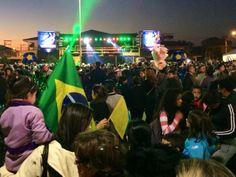 Cerca de 4 mil pessoas foram ver os jogadores do Equador em Viamão (Foto: Laion Espíndula/G1)
